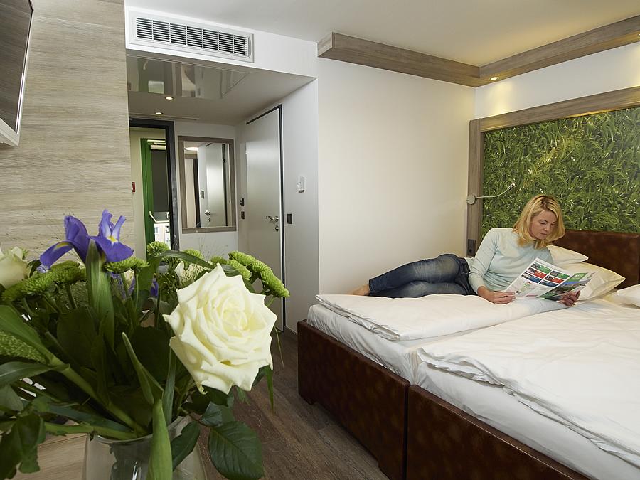 Zimmer hb1 design budget hotels for Zimmer hotel