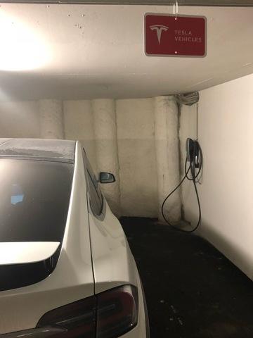 Tesla Aufladen